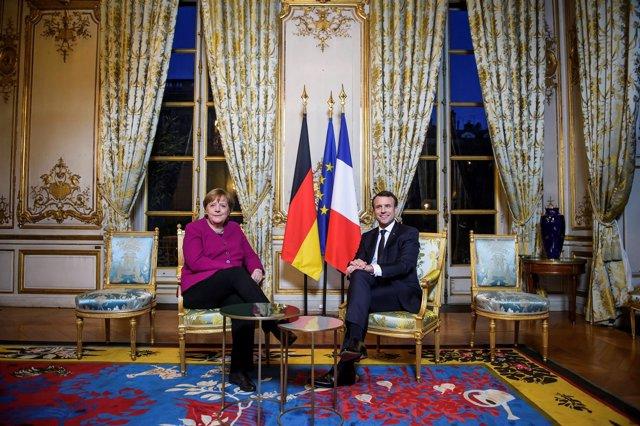 Emmanuel Macron y Angela Merkel -- Tratado del Elíseo