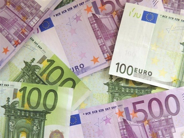 Dinero, billetes, euros, recurso