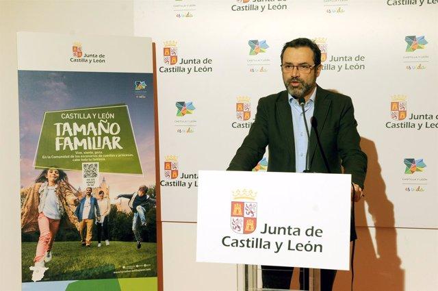 Madrid.- El director general de Turismo, Javier Ramírez, hace balance en Fitur