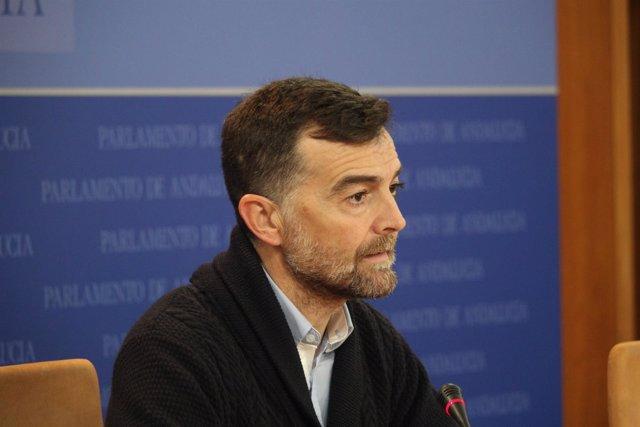 El líder andaluz de IU, Antonio Maíllo, en rueda de prensa