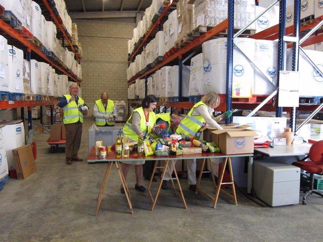 Voluntarios en el Banco de Alimentos de Zaragoza