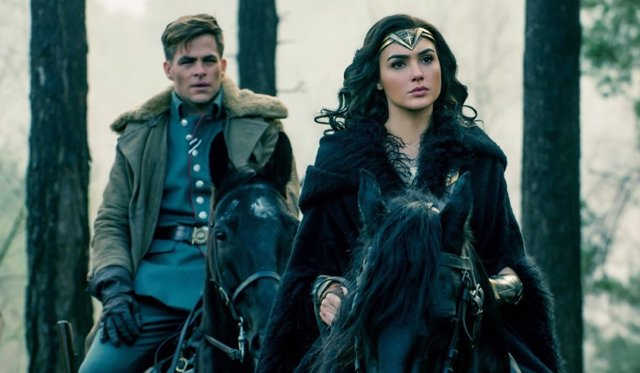 Gal Gadot y Chris Pine en 'Wonder Woman'