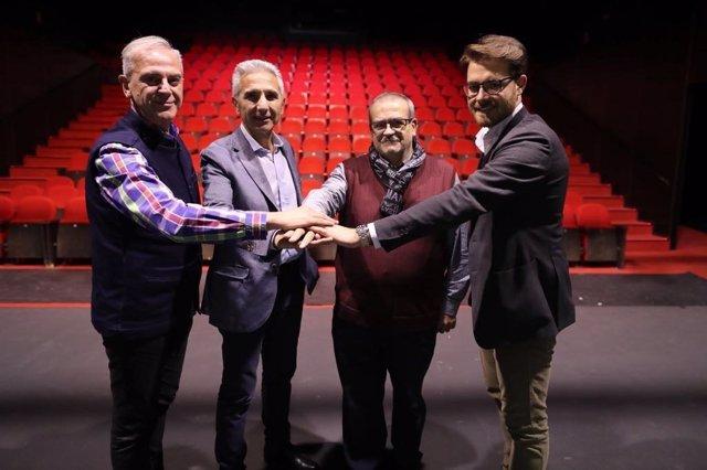 Enrique Gámez releva a Mariano Sánchez en la coordinación del Teatro Alhambra