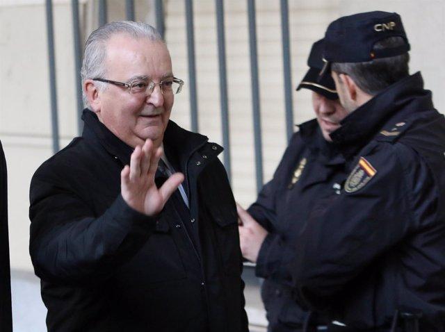 Antonio Fernández acude al juicio de los ERE en la Audiencia de Sevilla