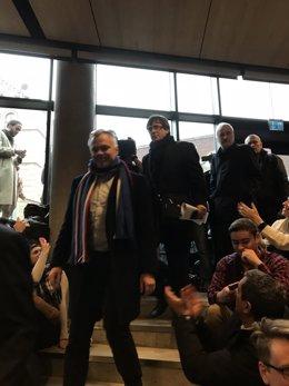 Llegada de Puigdemont a la sala de la Universidad de Copenhague