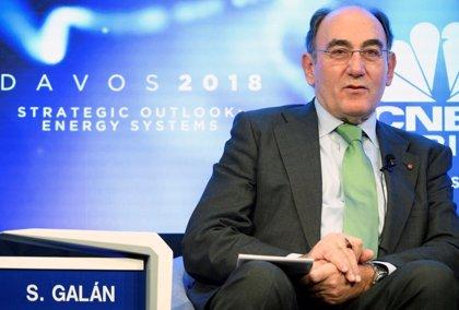"""Galán pide en Davos que se haga política energética """"de verdad"""" y no """"política con la energía"""""""