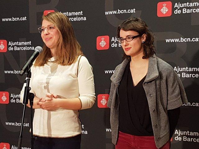 La teniente de alcalde Janet Sanz y la concejal Mercedes Vidal
