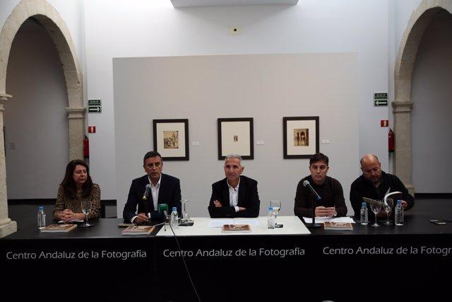 [L Comunicacion.Almeria.Dgob] Nota. El Caf Dedica Dos Exposiciones A Los Fotógra