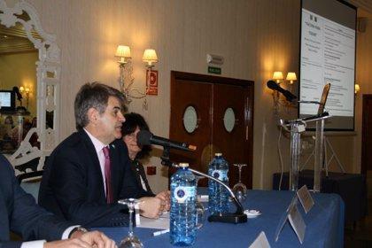 La Junta de Extremadura defiende un único calendario vacunal para toda España