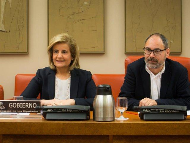 La ministra de Empleo y Seguridad Social, Fátima Báñez en el Congreso