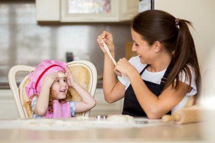 Elegir niñera, cómo buscar y seleccionar a una buena cuidadora
