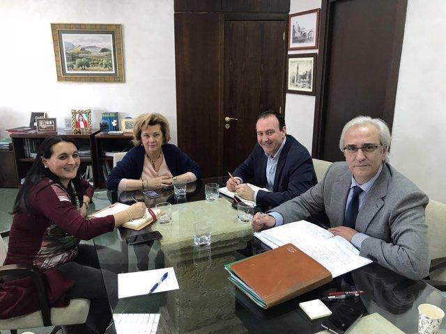 Reunión para abordar el nuevo centro de salud de Jimena.