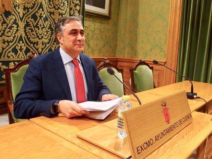 """Mariscal reta a Page a demostrar sus proyectos para Cuenca: """"Si lo hace, dimito"""""""