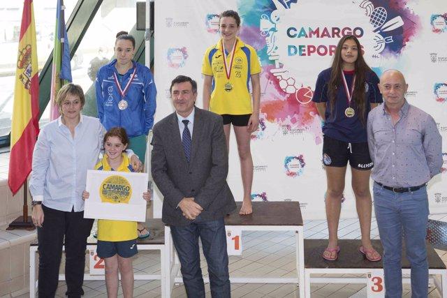 Entrega de premios del Trofeo de Natación de Camargo