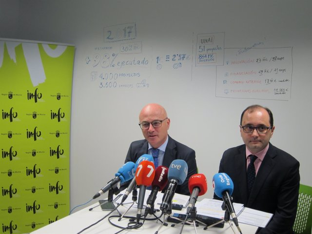 El Consejero Juan Hernández Y El Director Del INFO, Joaquín Gómez