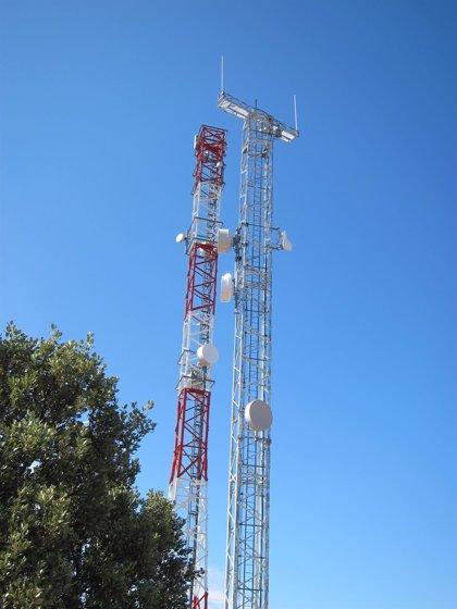 PSOE demanda un protocolo de prevención para reducir los posibles efectos de la contaminación electromagnética