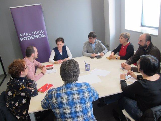 Reunión de Podemos y Ezker Anitza-IU