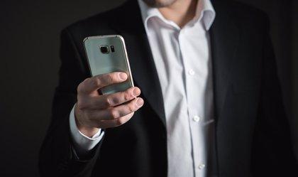 La penetración de smartphones en países desarrollados alcanzará el 90% en 2023, según Deloitte
