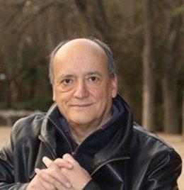 El escritor Gustavo Martín Garzo
