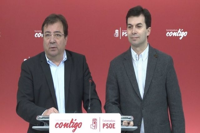Fernández Vara y Gonzalo Caballero en rueda de prensa