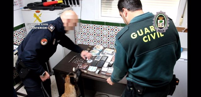 """Remitiendo Np Opc Huelva """"La Guardia Civil Y La Policía Local La Palma Del Conda"""
