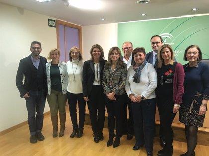 Un programa ayuda a pacientes con cáncer al restablecimiento de su propia imagen en hospitales de Andalucía