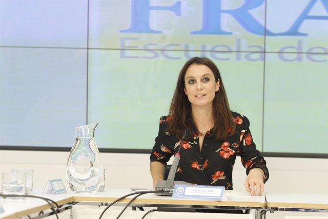 Andrea Levy inaugura la nueva promoción de la Escuela Manuel Fraga