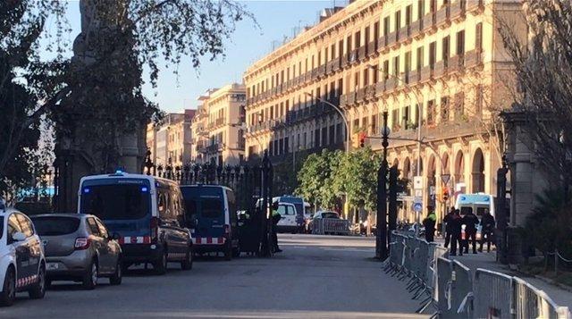 Dispositivo polical alrededor del parque de la Ciutadella de Barcelona