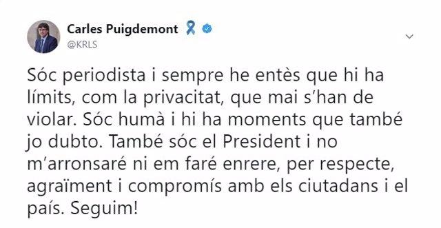 Tuits de Carles Puigdemont sobre sus mensajes con Comín