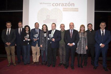 La Concejalía de Limpieza de Calahorra, UNIR y RTVE, VII premios con corazón de Fundación 'Cáritas Chavicar'