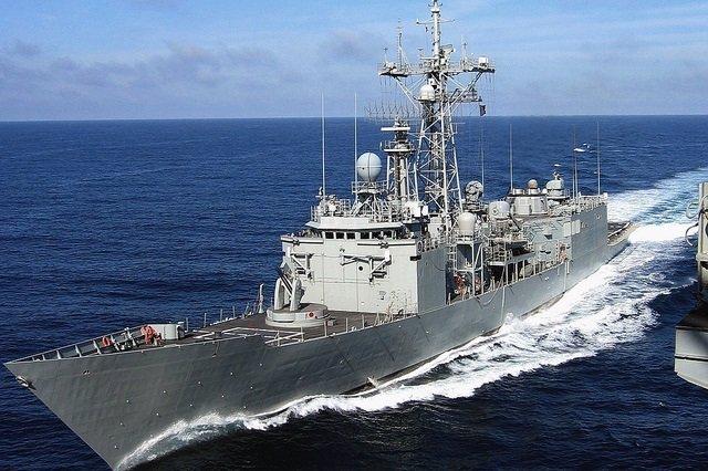 Fragata Reina Sofia visita málaga tras ejercicio en mar de alborán