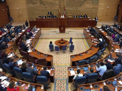 """La Asamblea se compromete en el Día escolar de la no violencia y la paz a hacer de estos ideales """"una realidad"""""""