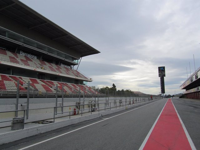 'Pit Lane' Del Circuit De Barcelona - Catalunya
