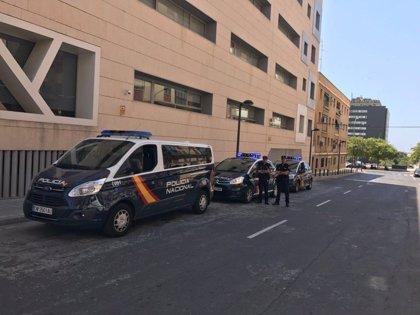 Buscan a un varón de 47 años como presunto autor de un doble apuñalamiento en El Puerto