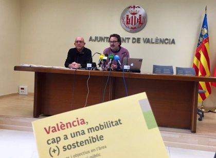 """El Ayuntamiento de València reparte una guía """"pedagógica"""" con todas las medidas de movilidad sostenible"""