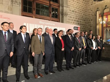 """Colau asegura que Barcelona preparada para """"liderar"""" la cuarta revolución industrial"""