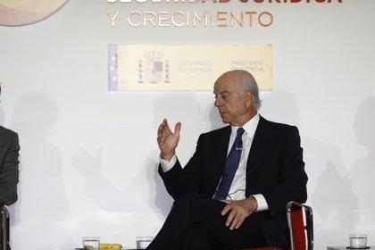 """González (BBVA) dice que en lo digital no le preocupa Santander sino """"los Alibaba, Amazon y Facebook"""""""