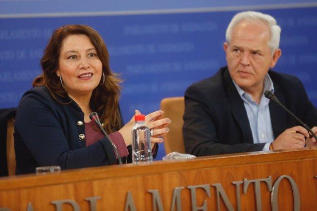 Carmen Crespo y José Antonio Miranda, en rueda de prensa