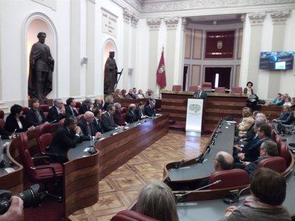 """Diputación y Kutxabank reafirman su """"compromiso"""" con Álava en el centenario de la Caja de Ahorros Provincial"""
