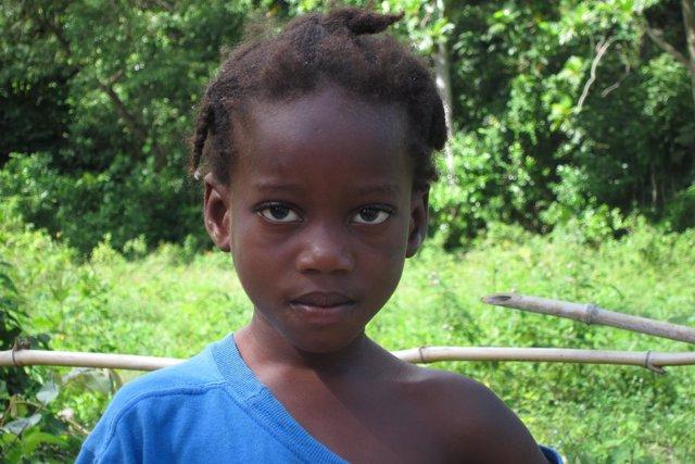 Niña Haitiana En Zona Rural De Gressier (Haití)