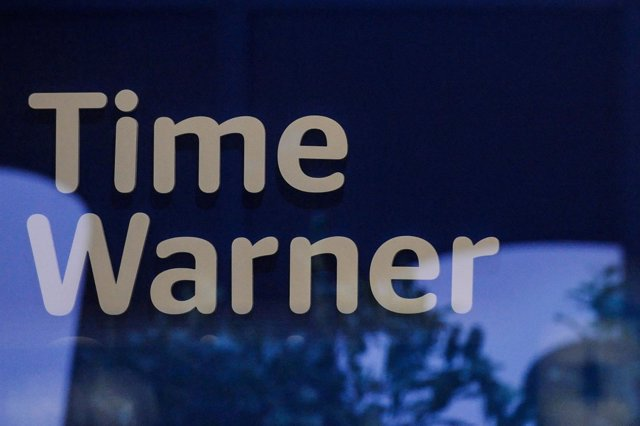 FILE PHOTO: A Time Warner logo is seen at a Time Warner store in New York City,