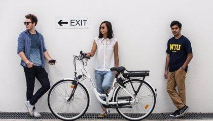 PSA lanza el primer servicio de bicicletas eléctricas conectadas 'self service' en Singapur
