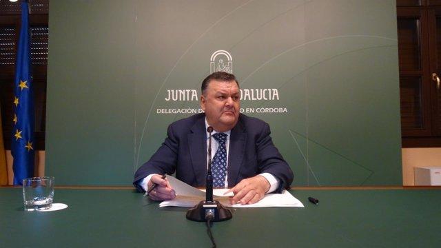 Francisco Zurera en la rueda de prensa