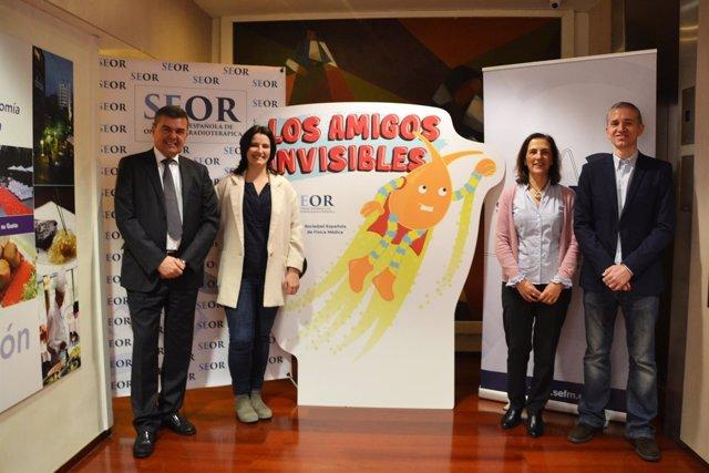 Presentación del cuento 'Los amigos invisibles' de SEOR y SEFM
