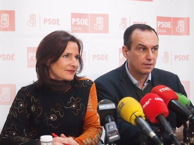 Seijo con el secretario general del PSOE de Ceuta, Manuel Hernández