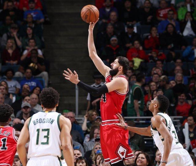 Mirotic en el Chicago Bulls - Milwaukee Bucks