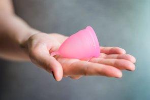 Copa menstrual y esponjas marinas, ¿son seguras? (GETTY)