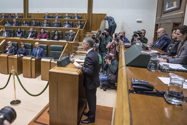 Iñigo Urkullu en el Parlamento vasco