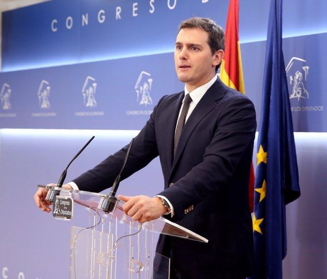 Albert Rivera, ofrece una rueda de prensa en el Congreso de los Diputados