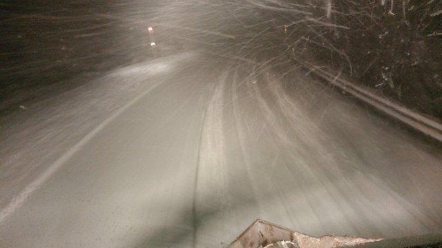 Carretera de la Diputación de Lugo afectada por la nieve